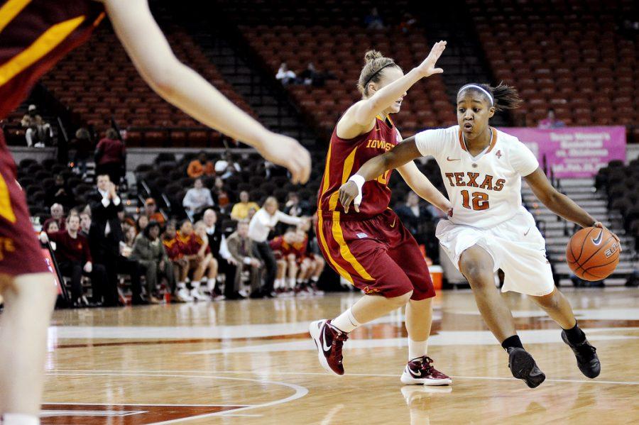 2011-01-18_Basketball_vs_IowaState_Elisabeth
