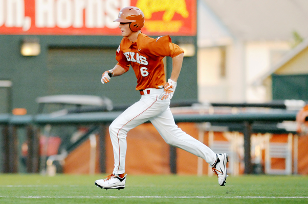 2011-04-26_Baseball_vs_Texas_State_Shannon