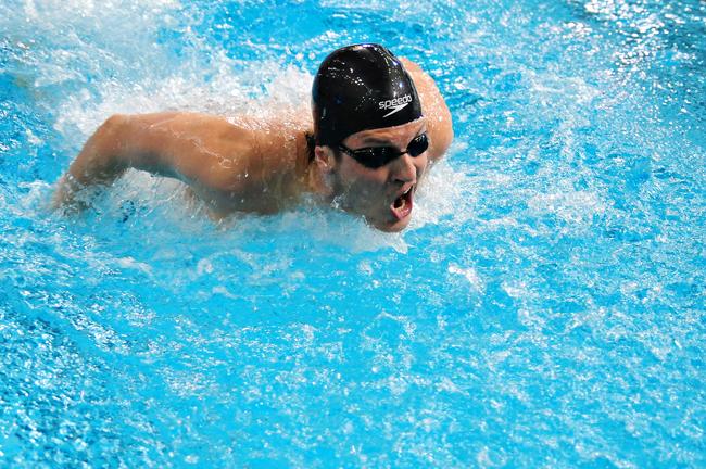 2011-12_03_Swimming_Fanny