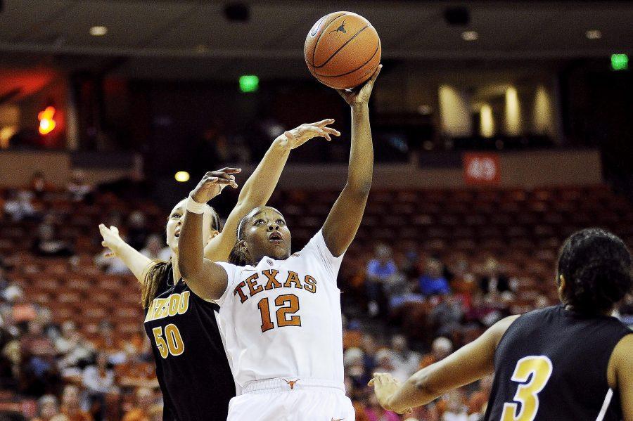 2012-01-25_Basketball_vs_Missouri_Elisabeth