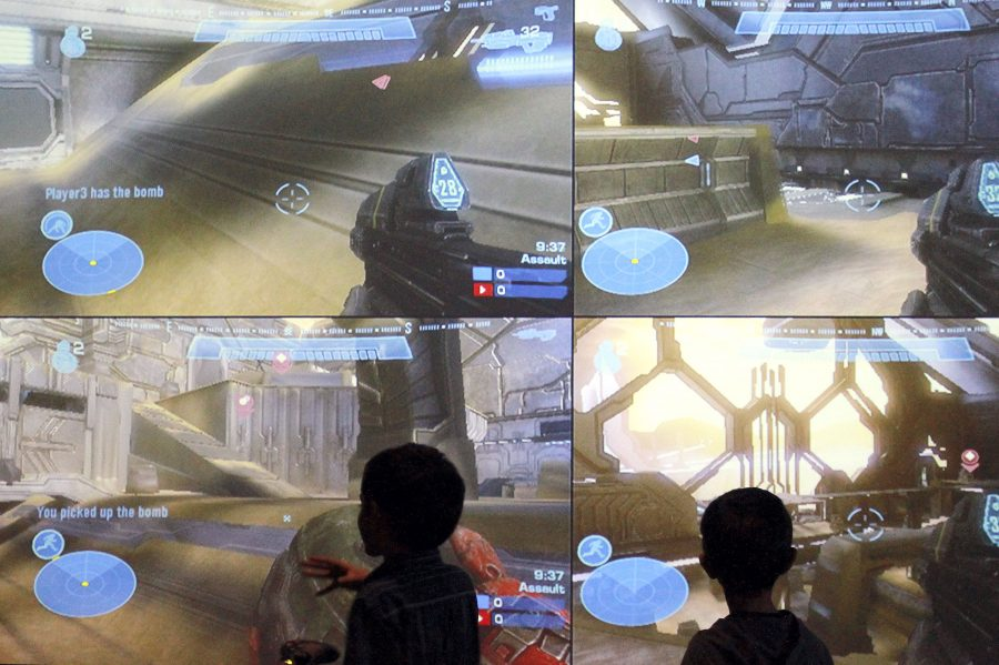 2012-01-26_Video_Game_Conference_PuHuang2107