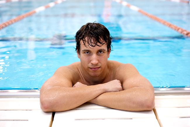 2012-02-13_Swimmer_Portrait_Elisabeth_Dillon2019