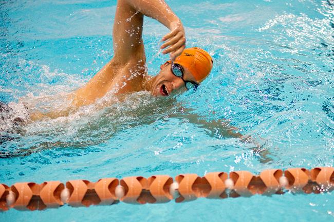 2012-02-13_Swimmer_Portrait_Elisabeth_Dillon2108