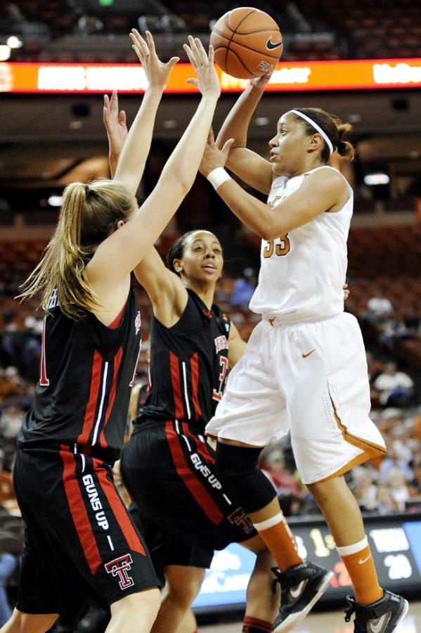 2012-02-15_Basketball_vs_Tech_Elisabeth_Dillon3656