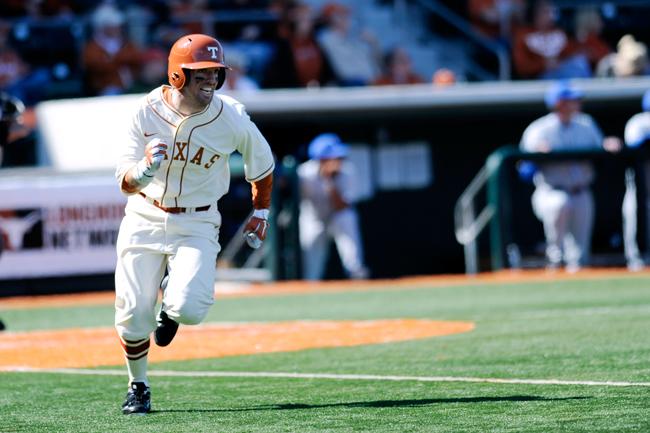 2012-02-19_Baseball_vs_Duke_Elisabeth_Dillon2670