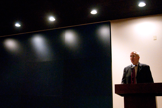 2012-03-23_Seymore_Hersh_Lecture_Rebeca