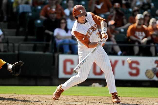 2012-03-31_Mens_Baseball_Rebecca_Howeth14430