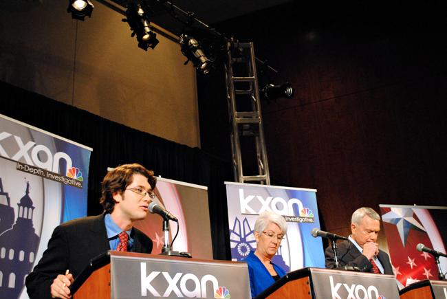 2012-04-17_Mayoral_Debate_Skylar_Isdale6984