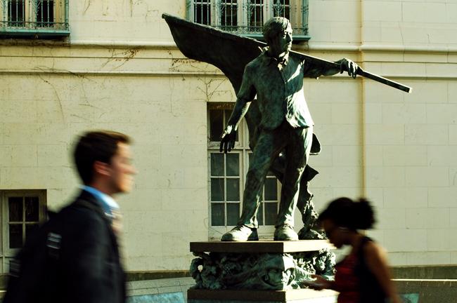 2012-05-01_Statues_MAP_JUMP_Batli