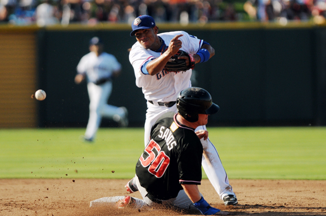2012-06-02_Express_vs_Isotopes_Andrew