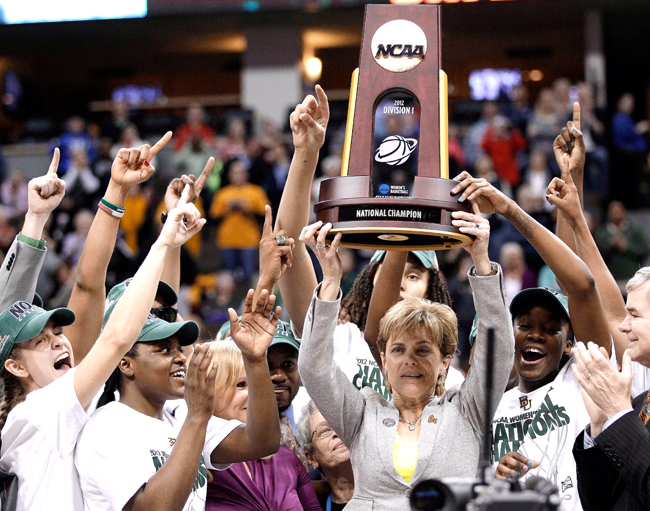 <p>Baylor's men's and women's basketball programs experienced plenty of success on the court in 2012, including the Lady Bear's perfect 40-0 season, however, both programs are now marred in a recruiting scandal.</p>