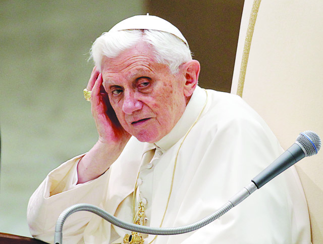 AP_Vatican+Pope_admi-1