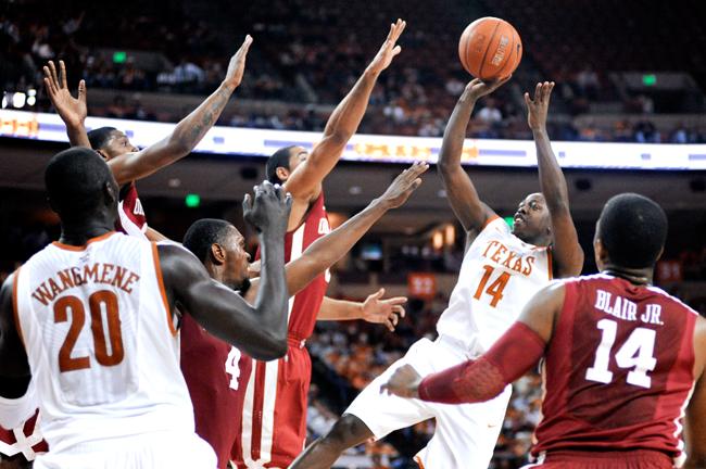 BASKETBALL_2012-02-29_Basketball_vs_OU_Elisabeth_Dillon0330