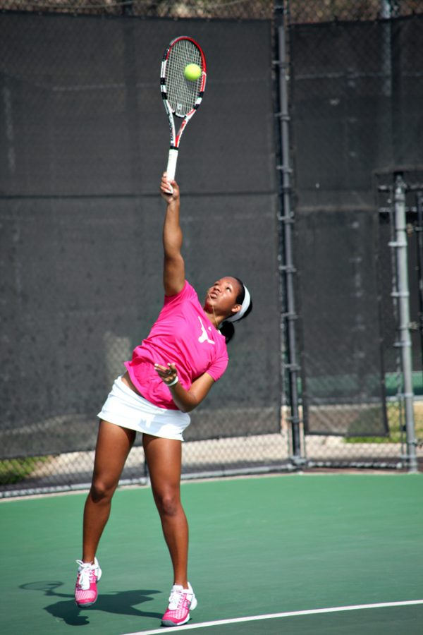 FILE2011-02-27_Womens_Tennis_Trent