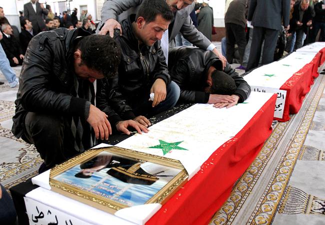 PRESS_Mideast+Syria+Funeral_admi