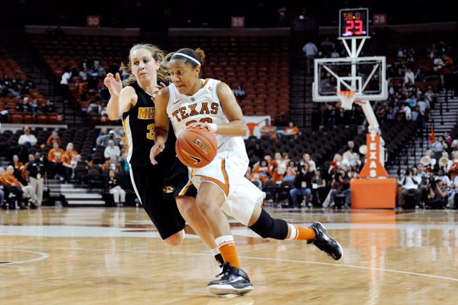 RECAP_2012-01-25_Basketball_vs_Missouri_Elisabeth