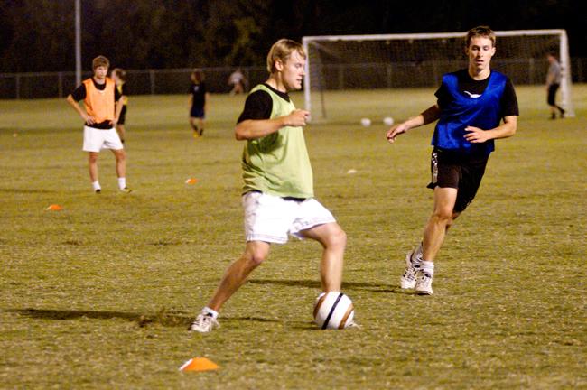 2012-10-02_Mens_Soccer_Raveena_Bhalara0901
