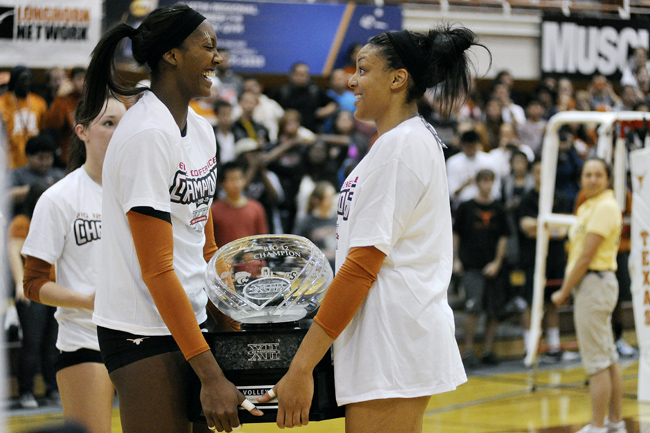 2012_11_14_Volleyball_vs_Tech_Elisabeth_Dillon2010