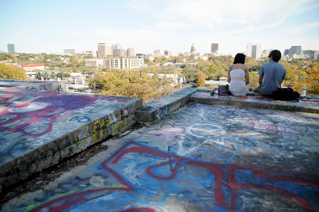 2012_11_28_Castle_Hill_Graffiti_Pu