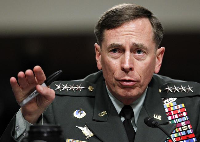 AP_Petraeus2
