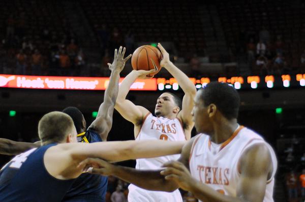 2013-01-09_Basketball_vs_WestVirginia_Lawrence_Peart001
