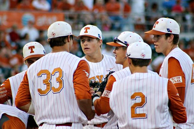 2012-04-21_Baseball_vs_Kansas_Jorge