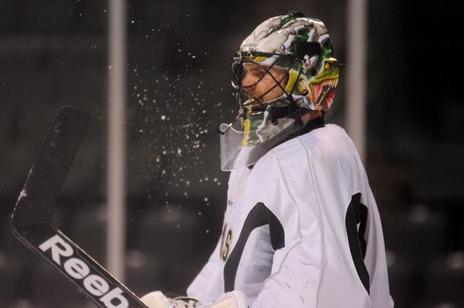 2013-05-02_Hockey_Stars_Pu