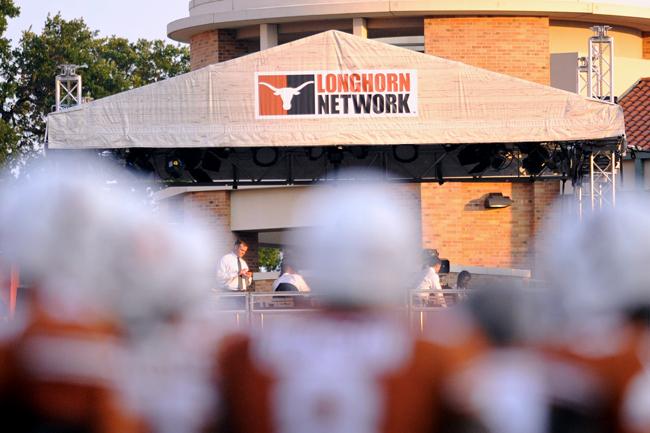 2013-08-31_Football_vs_NewMexico_Elisabeth_Dillon2219