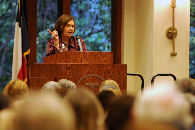 2013-09-10_Gail_Collins_Carpenter_Lecture_Series_Amy
