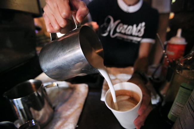 2013-10-11_Coffee_Shops_Sam