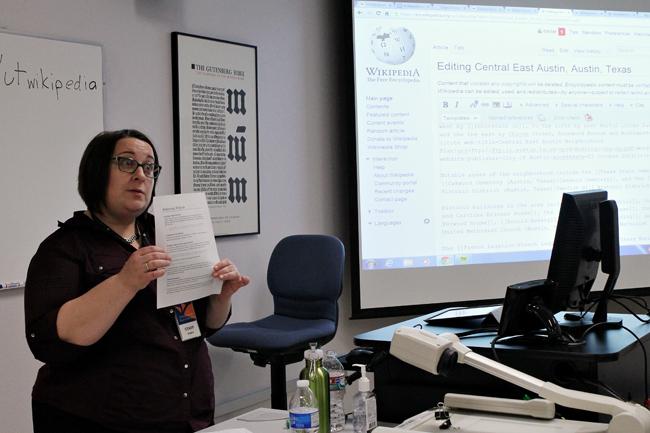 2013-10-22_wiki_editors_class_helen