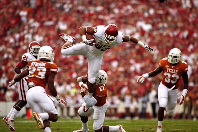 2013_10_12_Texas_vs_OU_Chelsea_Purgahn22669