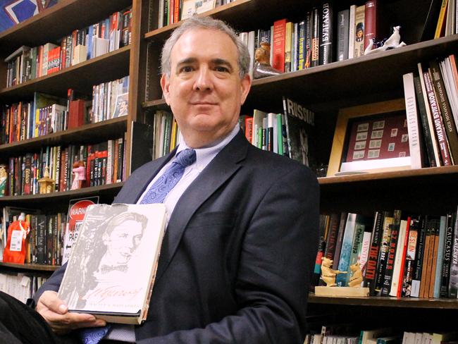 2013-11-19_Garza_Book_Portrait_Jonathan