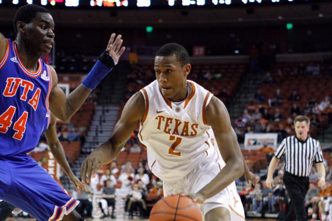 2013_11_29_basketball_vs_UT-Arlington_Joe
