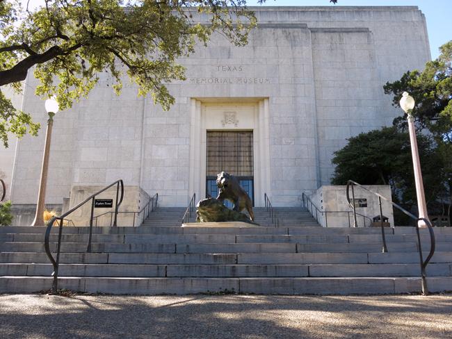 2014-01-30_TexasMemorialMuseum_Ali
