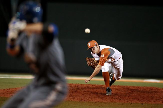 2014-02-19_Baseball_vs_A%26M_Corpus_Christi_Shelby