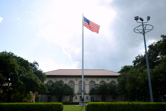 DT--flag