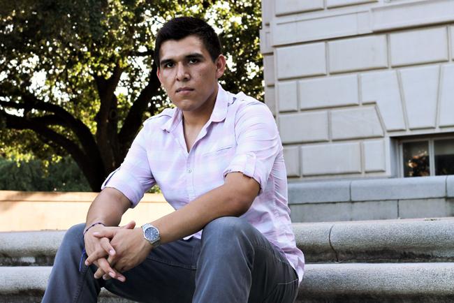 WEB2014-06-09_DACA_grants_Juan_Belman_helen
