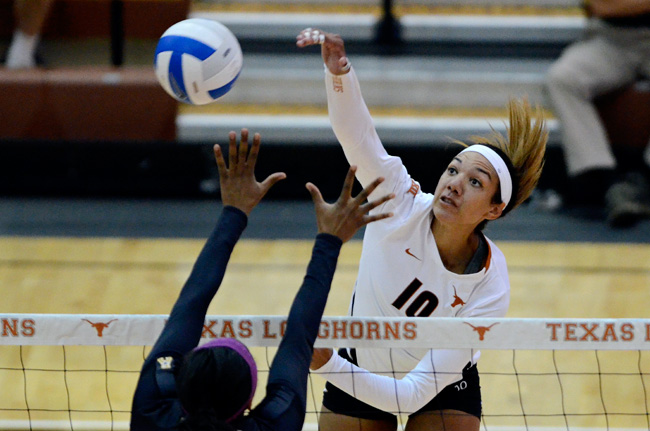 2014-09-13_Volleyball_vs_UCF_Amy