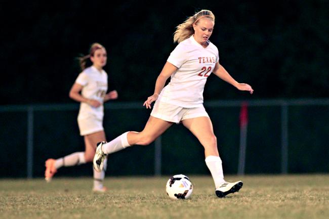 2014-10-10-Womens_Soccer_St_Edwards_Rachel