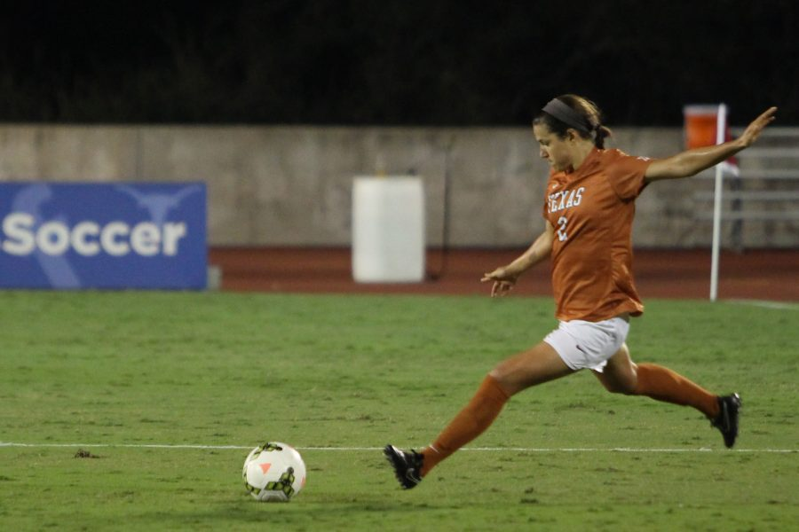 2014-10-21_Womens_Soccer_Arkansas_Daulton