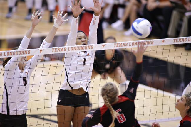 2014-10-10_Volleyball_vs_Texas_Tech_Ethan