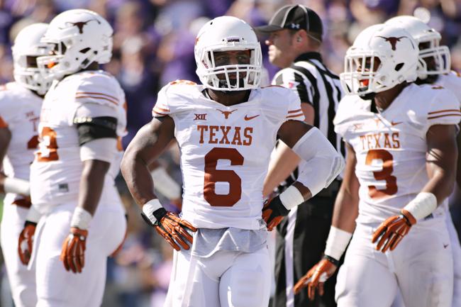 2014-10-25_Texas_vs_Kansas_State_Jonathan