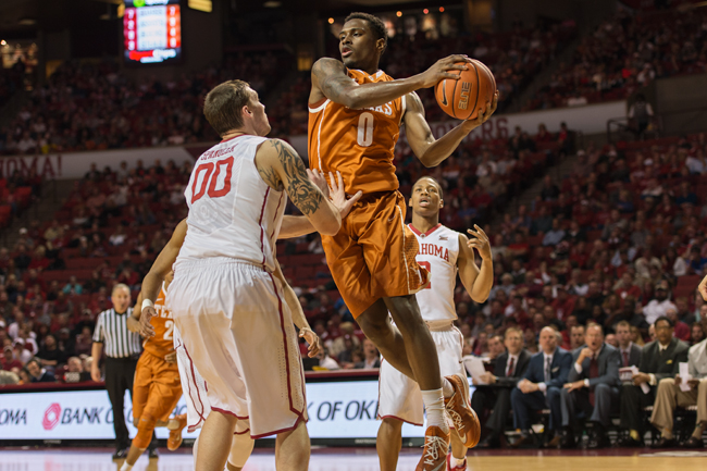 2015_02_17_MBB_vs_Oklahoma_UT_joe