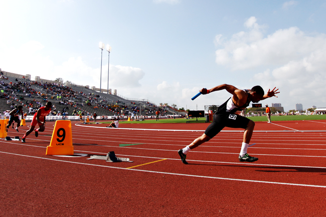 ONLINE_2014-03-28_Texas_relays_Lauren