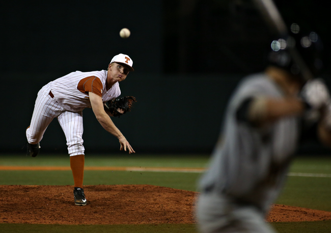 2015-04-07_baseball_vs_wichita_state_Lauren