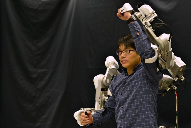 2015-05-06_Robot_Xintong