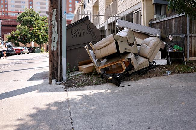 2015-08-27_Illegal_Dumping_Graeme