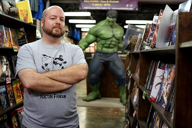 2015-09-18_Austin_Books_and_Comics_Mike