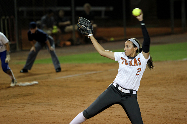 2015-10-16-softball_vs_Blinn_Mike
